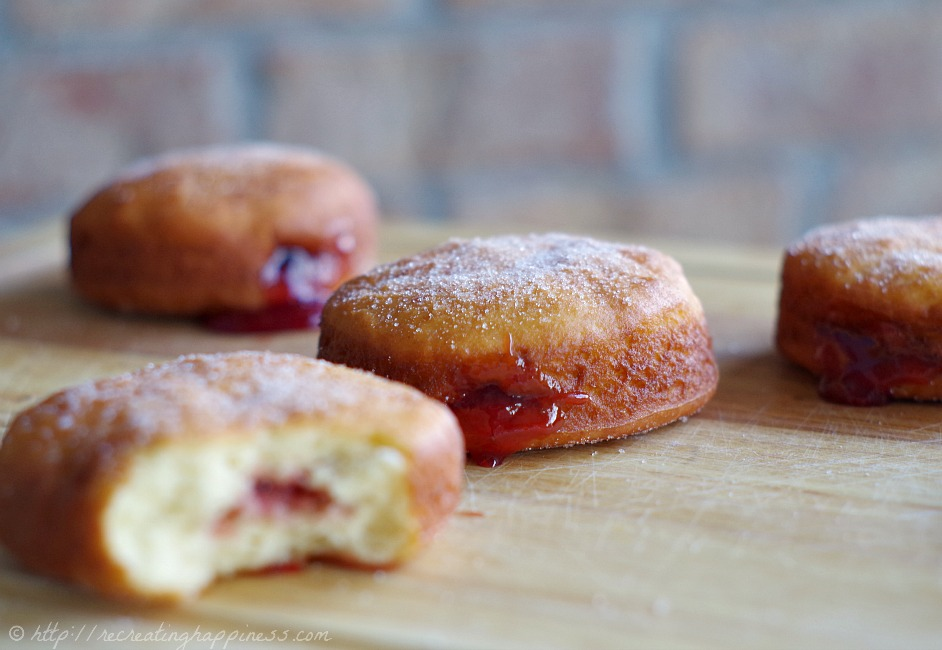 Best dang jelly donut that just so happens to be gluten free too (based off Polish paczki pastries)