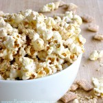 White Chocolate Apple Cinnamon Popcorn