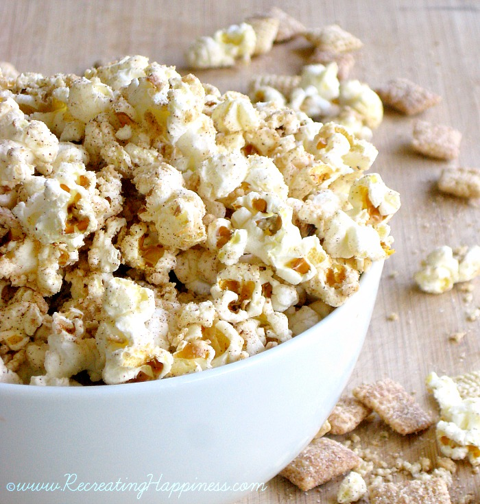 White Chocolate Apple Cinnamon Popcorn | Party Food