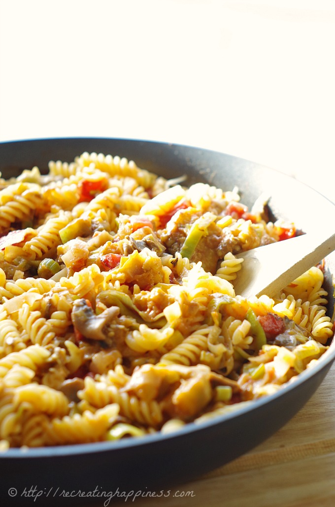 How to make delicious pasta without a recipe everytime.  Make #glutenfree with GF pasta (we love the Barilla GF kind!)