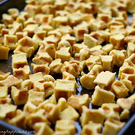 Make Cornbread for Stuffing in your WAFFLE MAKER {gluten free!}